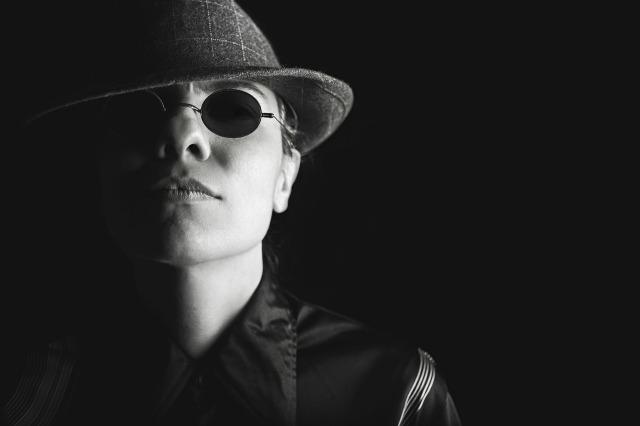 https://pixabay.com/de/gangster-z%C3%A4h-pro-bande-haltung-539993/