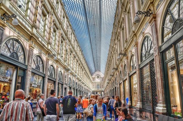 https://pixabay.com/de/kaufhalle-shoppingmeile-einkaufen-293513/