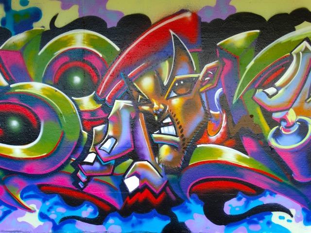 https://pixabay.com/de/graffiti-farbig-bunt-dekorativ-482386/