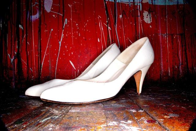 https://pixabay.com/de/stilettos-schuhe-high-heeled-schuhe-336680/