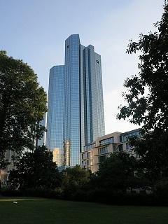 deutsche-bank-456939_640