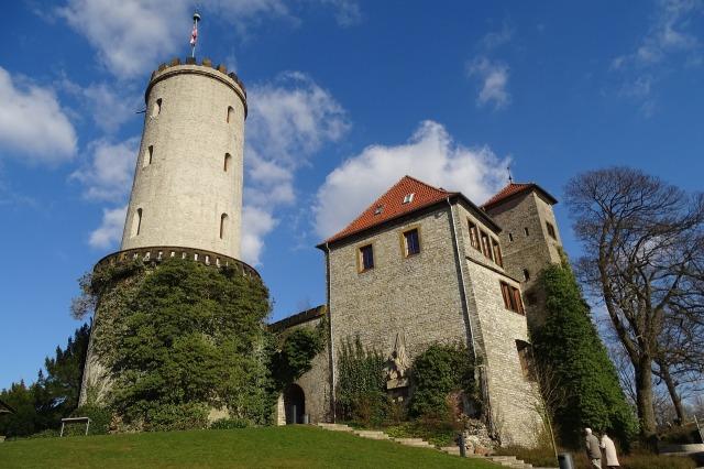 https://pixabay.com/de/sparrenburg-deutschland-bielefeld-1343819/