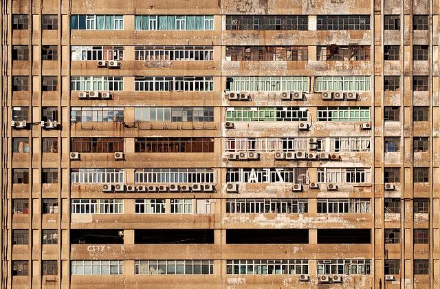 https://pixabay.com/de/fassade-mehrfamilienhaus-1209311/