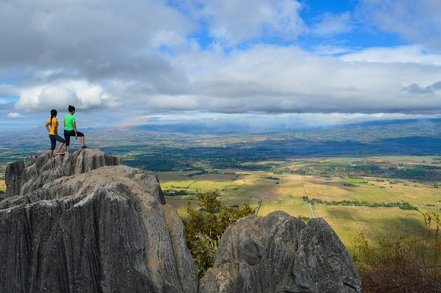 https://pixabay.com/de/klippe-wolken-landschaft-natur-1834778/