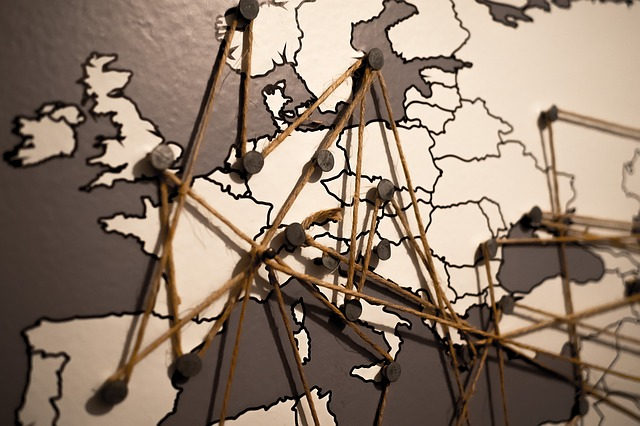 https://pixabay.com/de/welt-europa-karte-verbindungen-1264062/