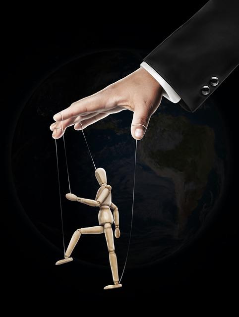 https://pixabay.com/de/hand-marionette-schneemann-784077/
