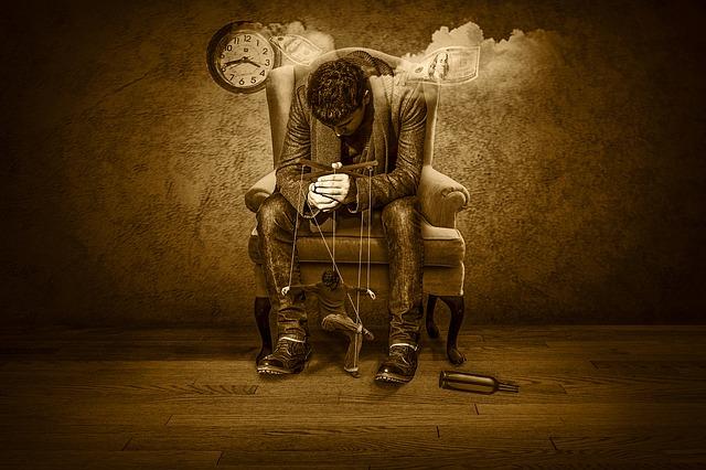 https://pixabay.com/de/zeit-geld-marionette-zeit-ist-geld-1594638/
