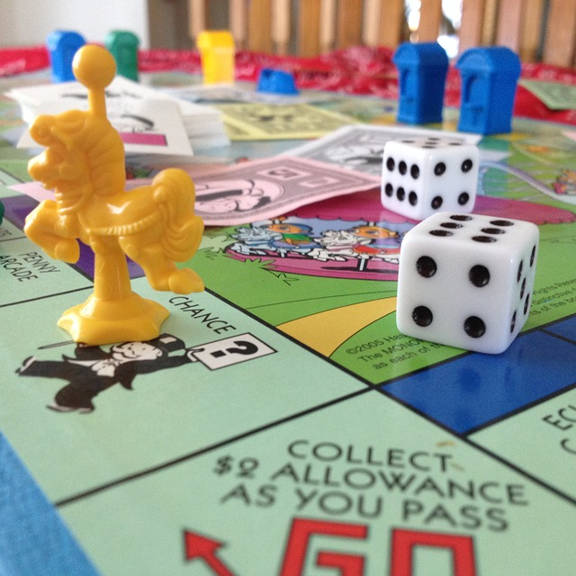 https://pixabay.com/de/monopoly-junior-monopol-brettspiel-600771/