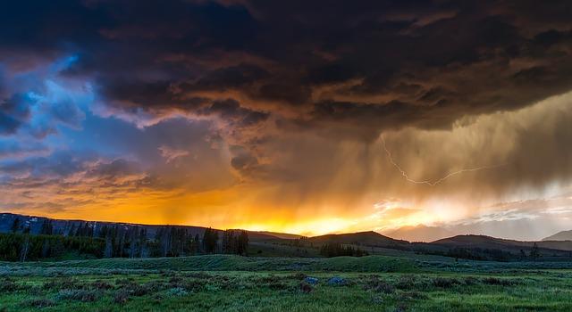 https://pixabay.com/de/yellowstone-nationalpark-wyoming-1589613/