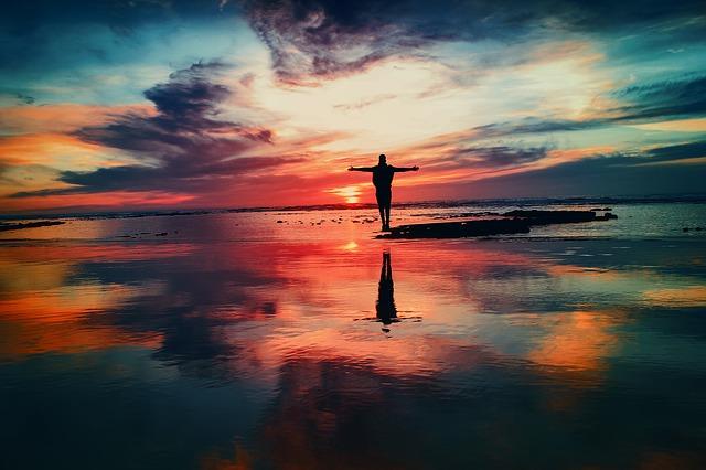 https://pixabay.com/de/farben-tapferkeit-mutig-erreichen-2203720/