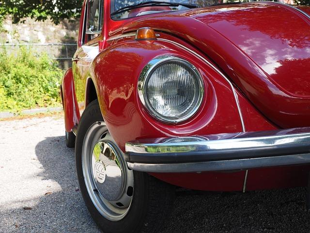 https://pixabay.com/de/vw-k%C3%A4fer-auto-lichter-scheinwerfer-693581/