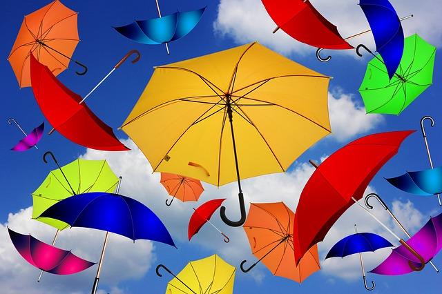 https://pixabay.com/de/regenschirm-farbe-atmosph%C3%A4re-1587967/