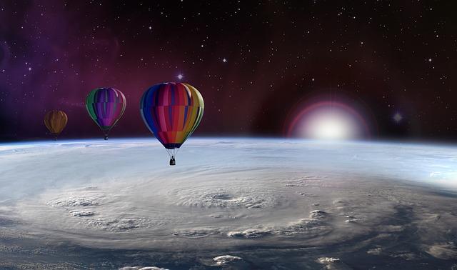 https://pixabay.com/de/ballon-fesselballon-ballonreise-2388436/