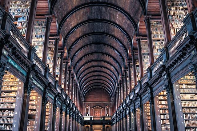https://pixabay.com/de/dublin-trinity-college-bibliothek-2344423/
