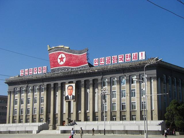 https://pixabay.com/de/nordkorea-pj%C3%B6ngjang-geb%C3%A4ude-2662076/