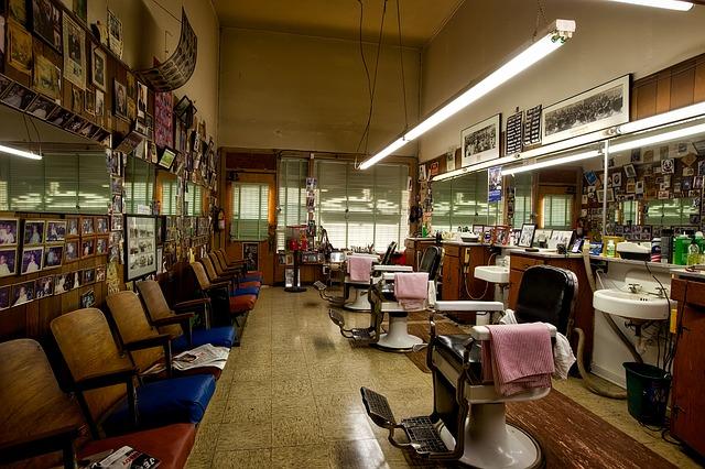 https://pixabay.com/de/barbershop-friseur-salon-1612726/