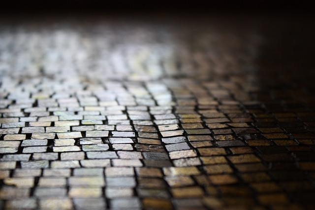 https://pixabay.com/de/pfalstersteine-pflaster-weg-stra%C3%9Fe-602421/
