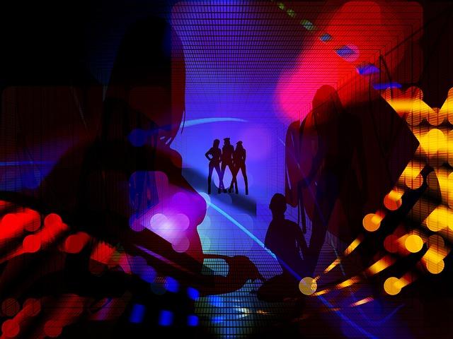 https://pixabay.com/de/frauen-licht-nacht-beleuchtung-418454/