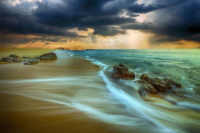 https://pixabay.com/de/strand-ufer-sand-k%C3%BCste-natur-meer-2857512/