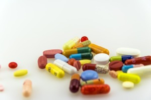 https://pixabay.com/de/medizin-medizinisch-rezept-pille-1901819/
