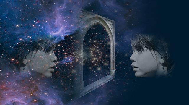 https://pixabay.com/de/spiegelung-spiegelbild-gespiegelt-2968596/