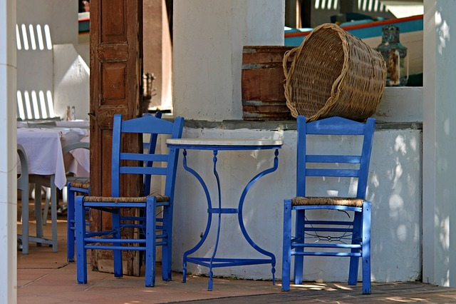 https://pixabay.com/de/taverne-gastst%C3%A4tte-griechenland-2861914/