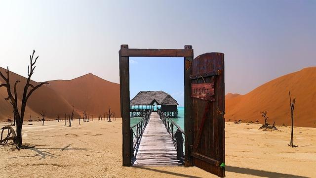 https://pixabay.com/de/oase-w%C3%BCste-t%C3%BCr-jesus-open-glas-2335767/