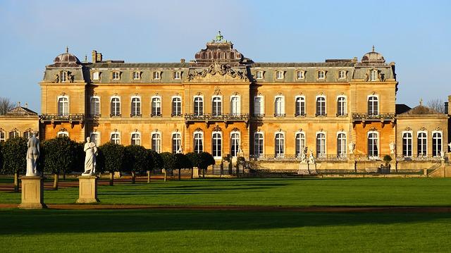 https://pixabay.com/de/herrenhaus-geb%C3%A4ude-architektur-haus-1422848/