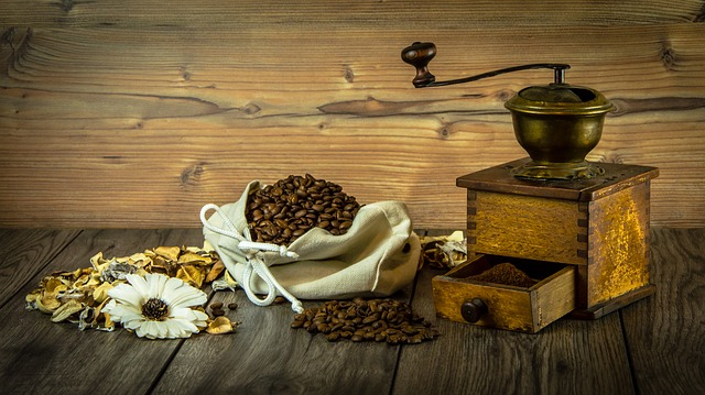 https://pixabay.com/de/kaffee-m%C3%BChle-korn-kaffee-1239549/