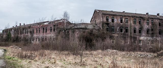 https://pixabay.com/de/hintergrund-abgelaufen-stein-1589780/