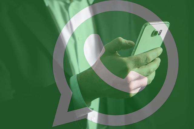 https://pixabay.com/de/whatsapp-sms-chat-kommunikation-3018997/