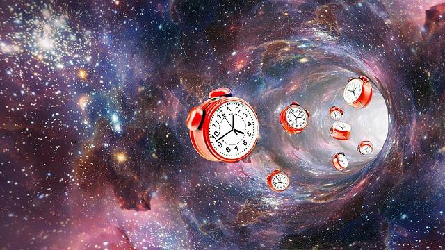 https://pixabay.com/de/astronomie-schreibtisch-raum-3217141/