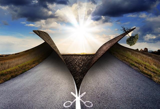 https://pixabay.com/de/landschaft-asphalt-natur-verkehr-749680/