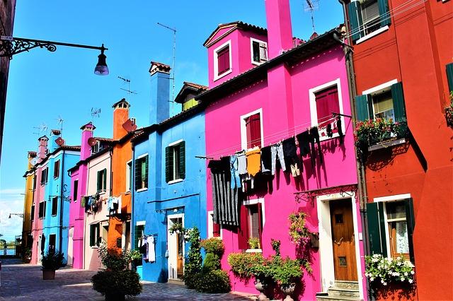 https://pixabay.com/de/venedig-italien-burano-insel-sch%C3%B6n-2896591/