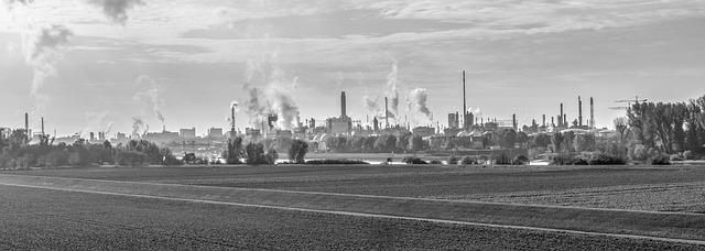 https://pixabay.com/de/industrie-chemie-werk-basf-fabrik-3068200/