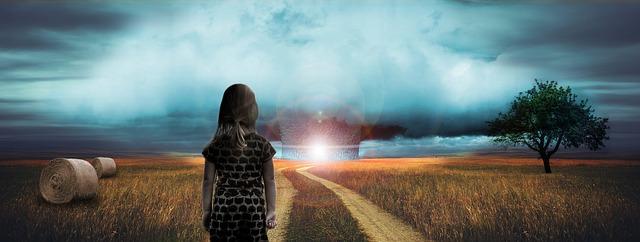 https://pixabay.com/de/atombombe-verlassen-allein-angst-966008/