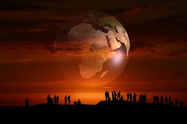 https://pixabay.com/de/menschengruppe-erde-globus-menschen-3722879/