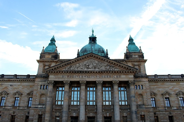 https://pixabay.com/de/leipzig-bundesverwaltungsgericht-1748912/
