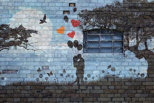 https://pixabay.com/de/wand-backstein-graffiti-fenster-2794567/