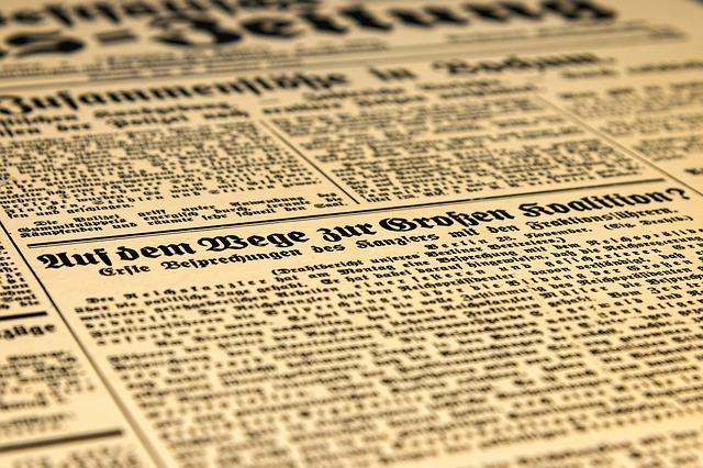 https://pixabay.com/photos/newspaper-press-historically-news-3988054/