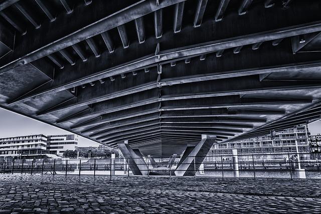 https://pixabay.com/photos/bridge-building-architecture-2482641/