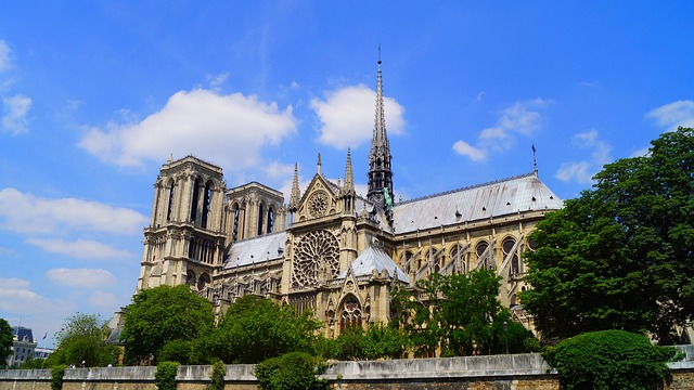https://pixabay.com/photos/paris-france-notre-dame-de-paris-1175023/