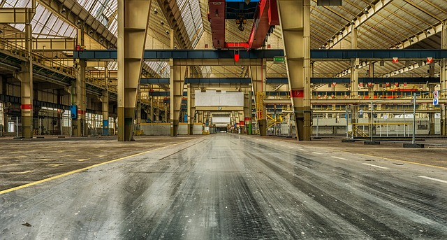 https://pixabay.com/photos/industry-lost-places-factory-1801661/