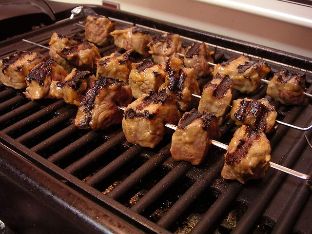 https://pixabay.com/photos/shish-kebab-electric-grill-3461/