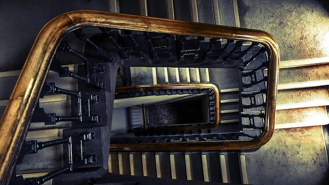 https://pixabay.com/photos/architecture-indoors-perspective-1868378/