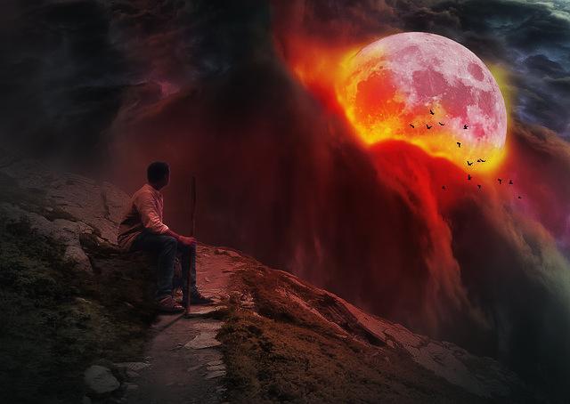 https://pixabay.com/photos/the-wanderer-man-full-moon-tourism-3306972/