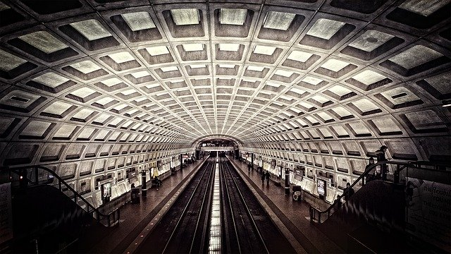 https://pixabay.com/photos/metro-washington-dc-subway-travel-698661/