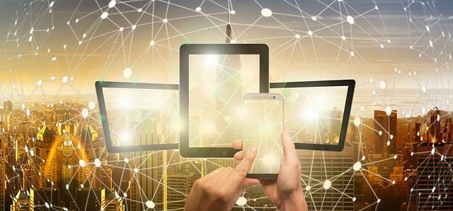 https://pixabay.com/de/photos/blockchain-smartphone-steuerung-3569793/