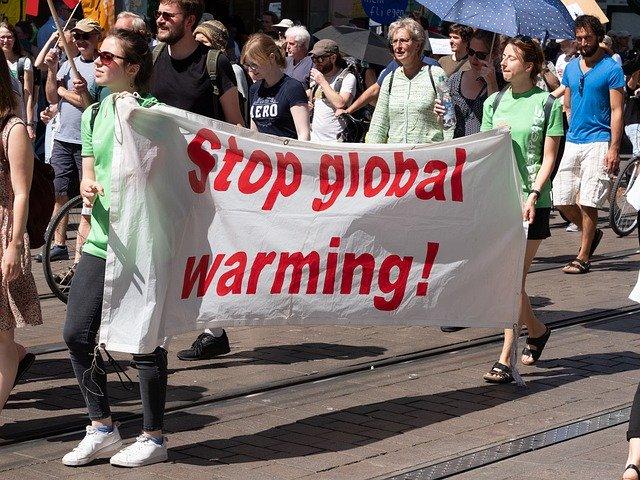https://pixabay.com/de/photos/demonstration-protest-demo-5026397/