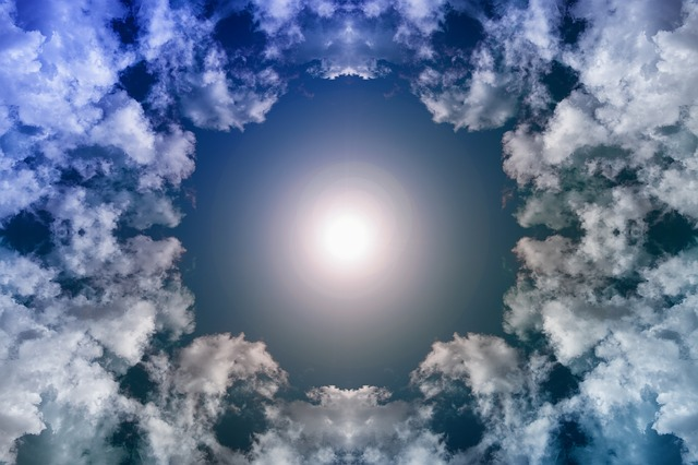 https://pixabay.com/de/illustrations/himmel-wolken-wolkenform-quellwolke-3513221/